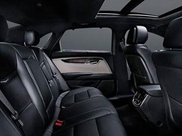 Lincoln-town-car